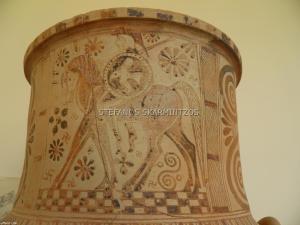 """Cucladic amphora depicting a Greek """"mounted hoplite"""" from Paros Museum"""