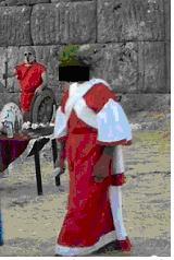 Ιερέας(sic) με Ιερατική εμφάνιση Αρχαίας Ιέρειας ή με εφάνιση Άγγλου Στρατιωτικού του 18ου αιώνα;