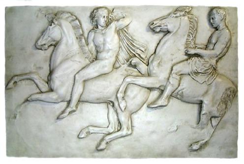 Λεπτομέρεια από τη Ζωοφόρο του Παρθενώνα με παράσταση Αθηναίων Ιππέων. Λονδίνο Βρεταννικό Μουσείο