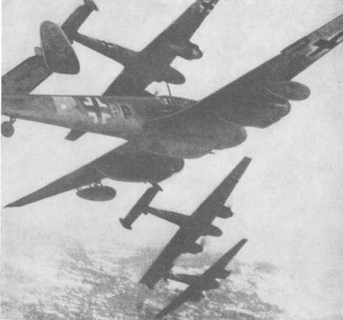 Γερμανικά Me-110 επιτίθενται στη Θράκη. Τα πυροβόλα των 20μμ στο ρύγχος ήταν εξαιρετικά σε ρόλο υποστήριξης στρατευμάτων.