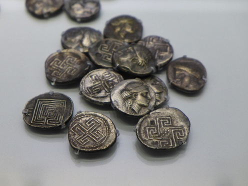 Knossian coins
